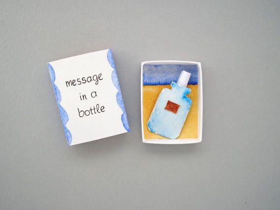 Message in a bottle, matchbox card, love mail, boyfriend girlfriend gift, love card, matchbox art, message box, diorama, Valentines day Send a little message to someone you love! A matchbox with a paper bottle and a message in it, you can take the bottle and open the folded