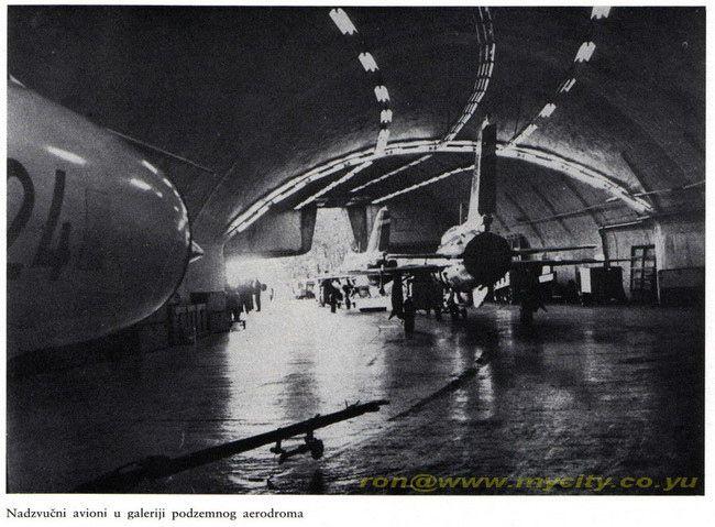 Bihac 1980 Podzemni Aerodrom Zeljava Mig 21 Na Cekanju3 Mig 21 Mostar Old Pictures