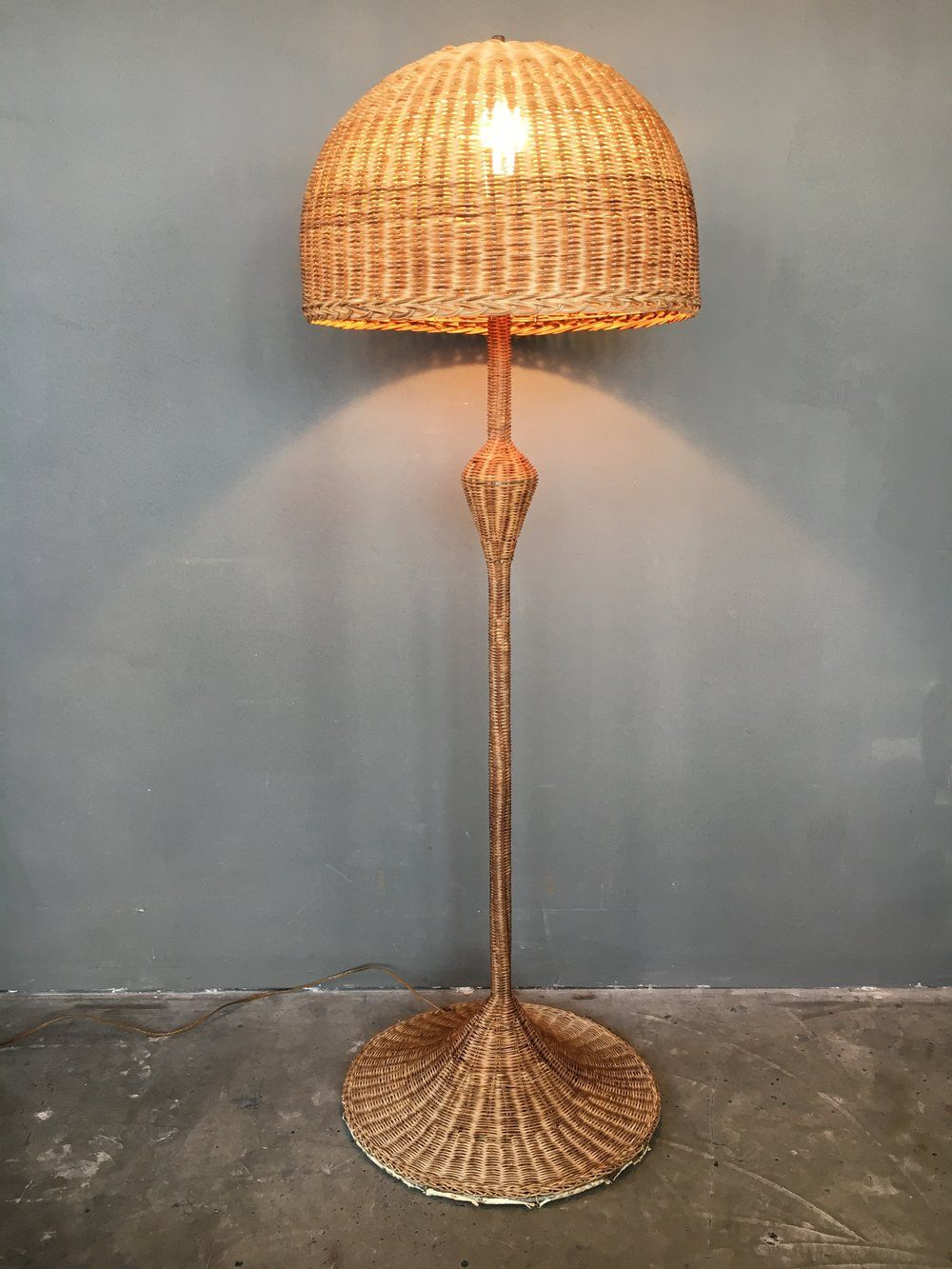 A Vintage Midcentury Modern Boho Chic Floor Lamp Constructed Of Spun Rattan With A Deluxe Sized Mushroom Top Shade A Slim Rattan Floor Lamp Floor Lamp Lamp