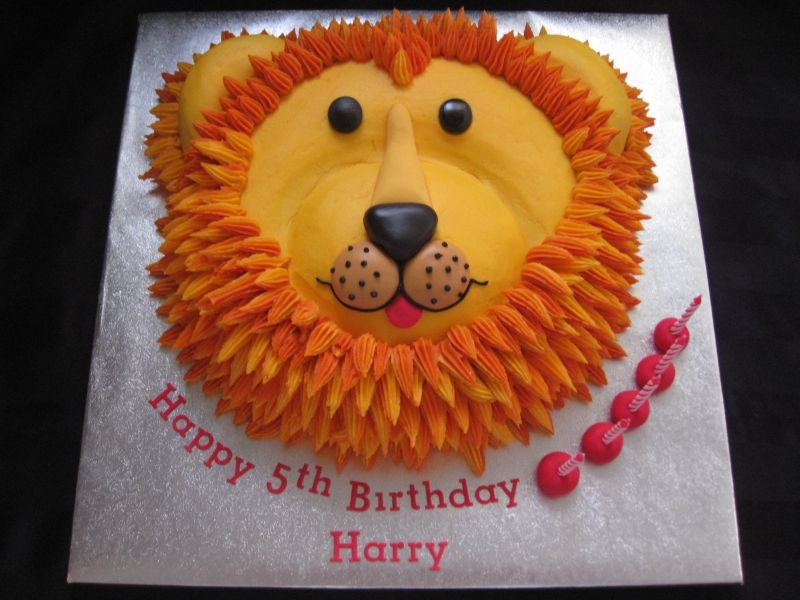 Remarkable Lion Cake For Leos 1St Lion Birthday Cake Lion Cakes Lion Personalised Birthday Cards Paralily Jamesorg