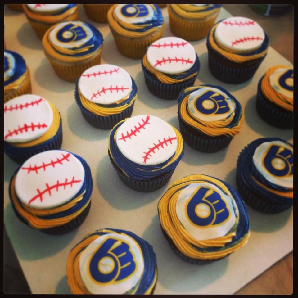 Milwaukee Brewers Baseball Cupcakes...