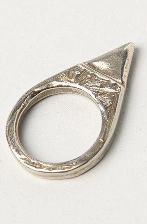 #Karmaloop                #ring                     #Apple #Lydia #Ring #White #Bronze                  Ax + Apple The Lydia Ring in White Bronze                                     http://www.seapai.com/product.aspx?PID=587453