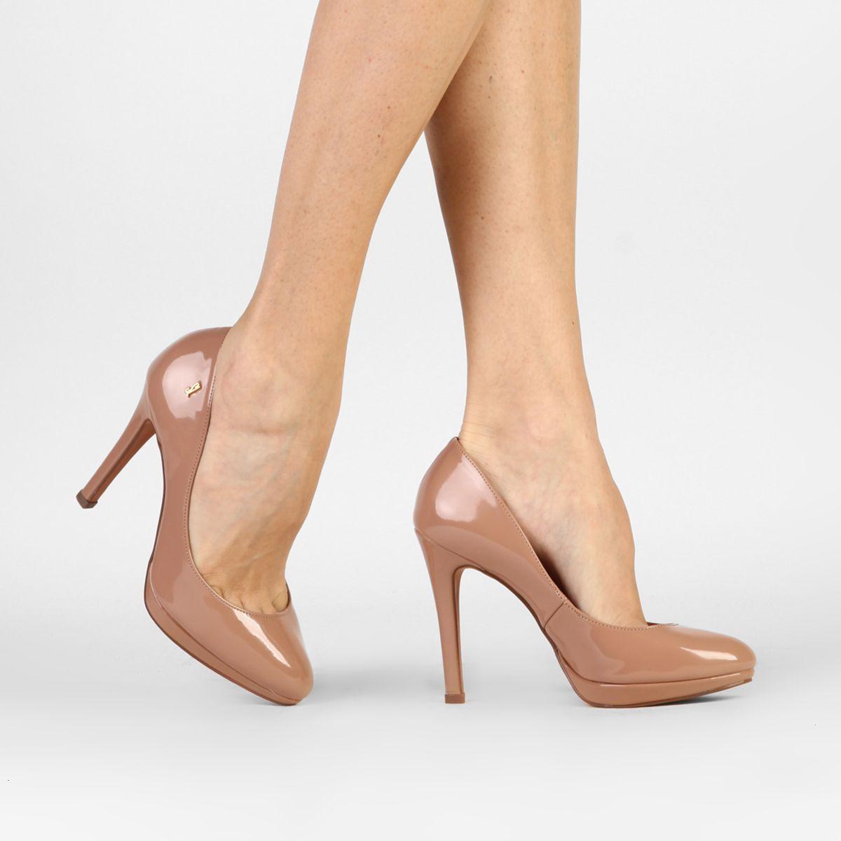 f39660724 Compre Scarpin Santa Lolla Meia Pata Vermelho na Zattini a nova loja de  moda online da Netshoes. Encontre Sapatos