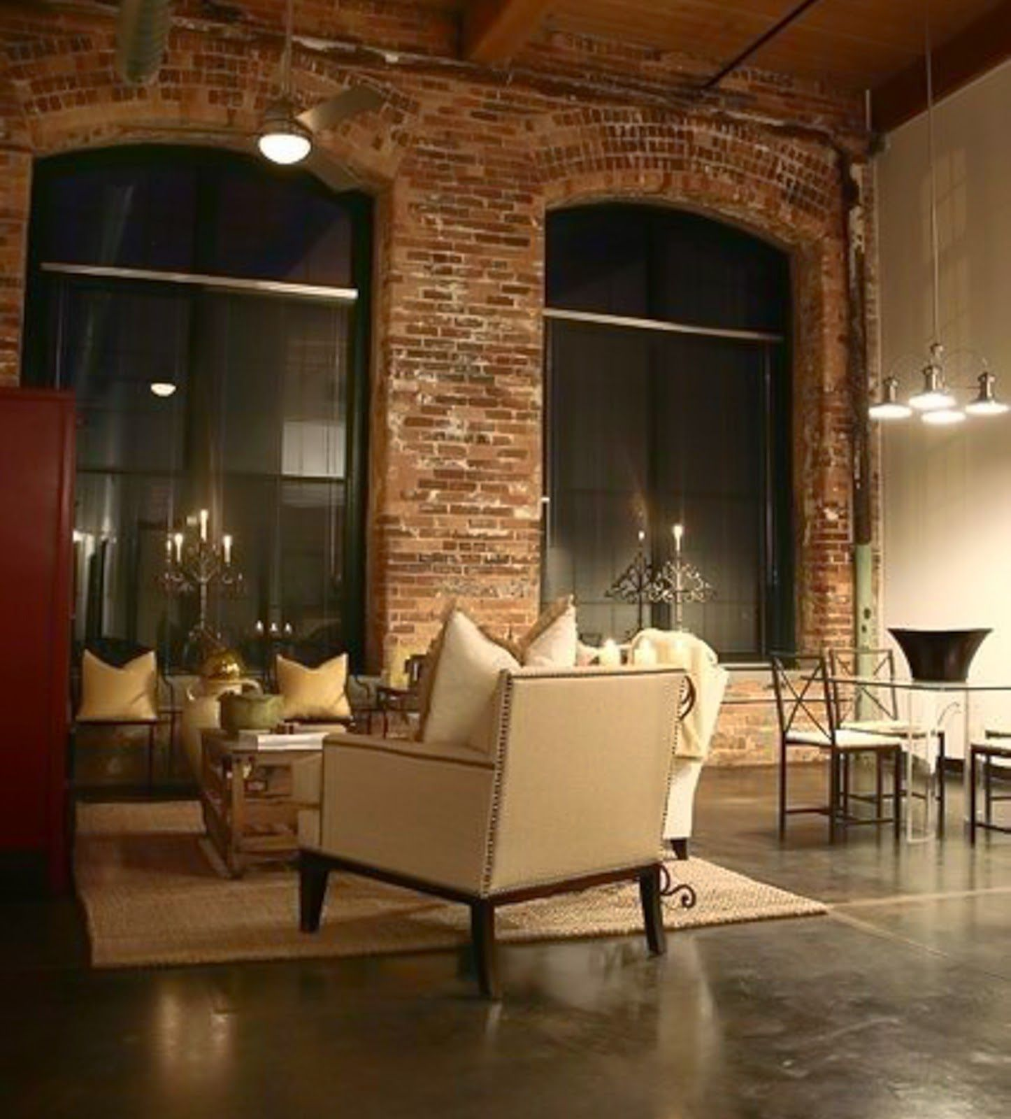 Your living room fill your home with love for Appartamento design industriale