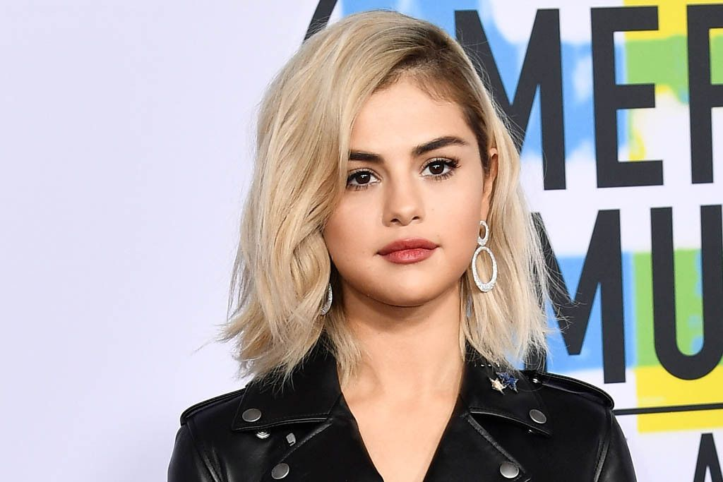 Selena Gomez Debuts An Edgy Look With Blond Hair Leather