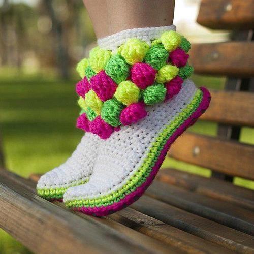 Cro crochet, Boots, socks and slippers | Botas, botines, zapato ...