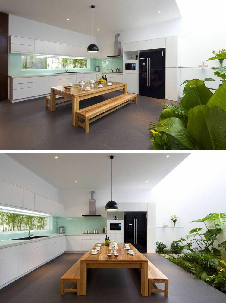 Schmale Fenster Essbereich Holz Sitzbank Dunkelgrau Bodenbelag Kueche