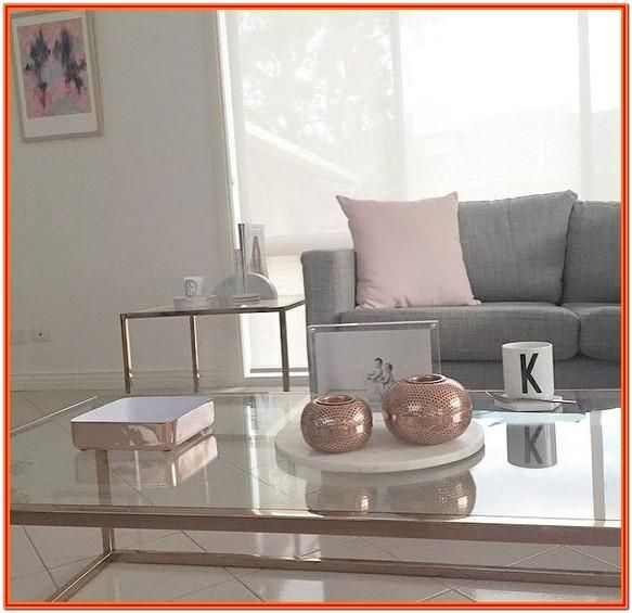 Copper Coloured Living Room Accessories By Lori Morales Check More At Https Www Livasperiklis Com 18898 Copper Coloured Living Room Accessories Renovasi