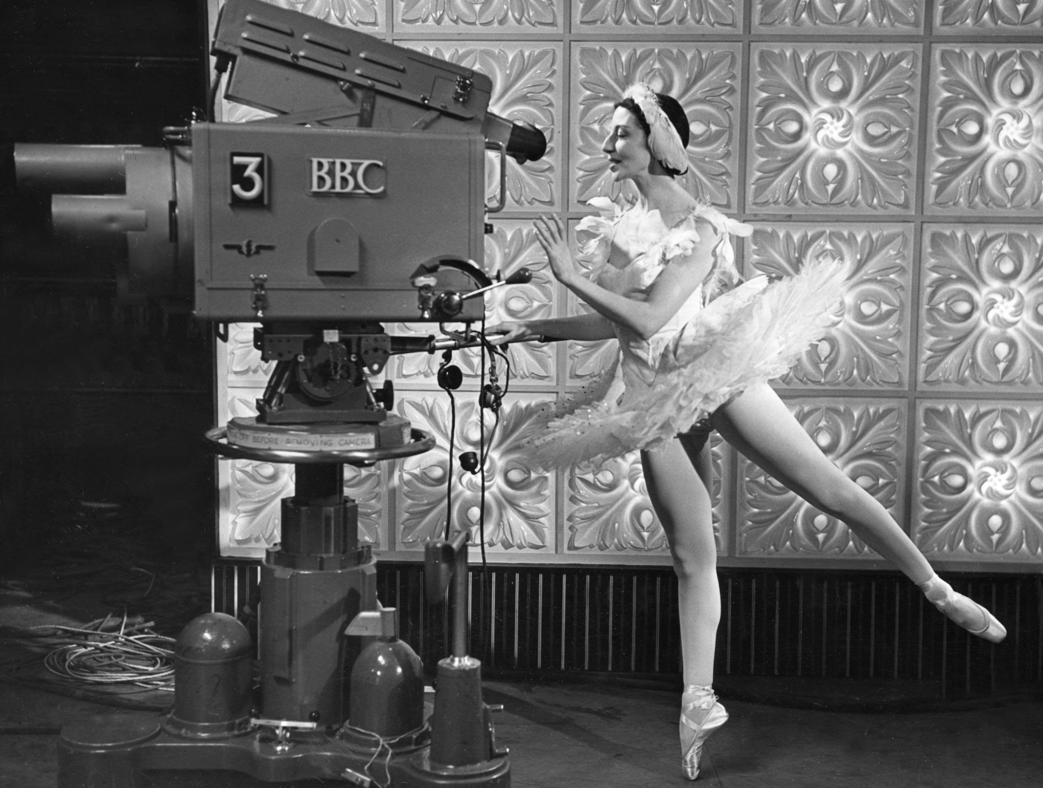 Prima ballerina assoluta Dame Alicia Markova in 1957