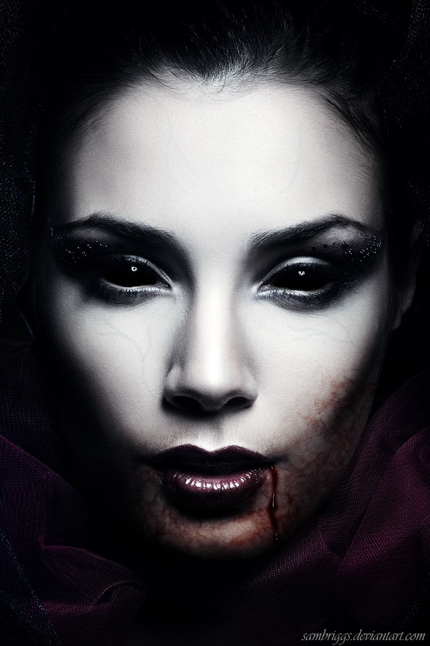 My most famous pin!!! Shes a killer! <3 | Characters | Vampir-Kunst