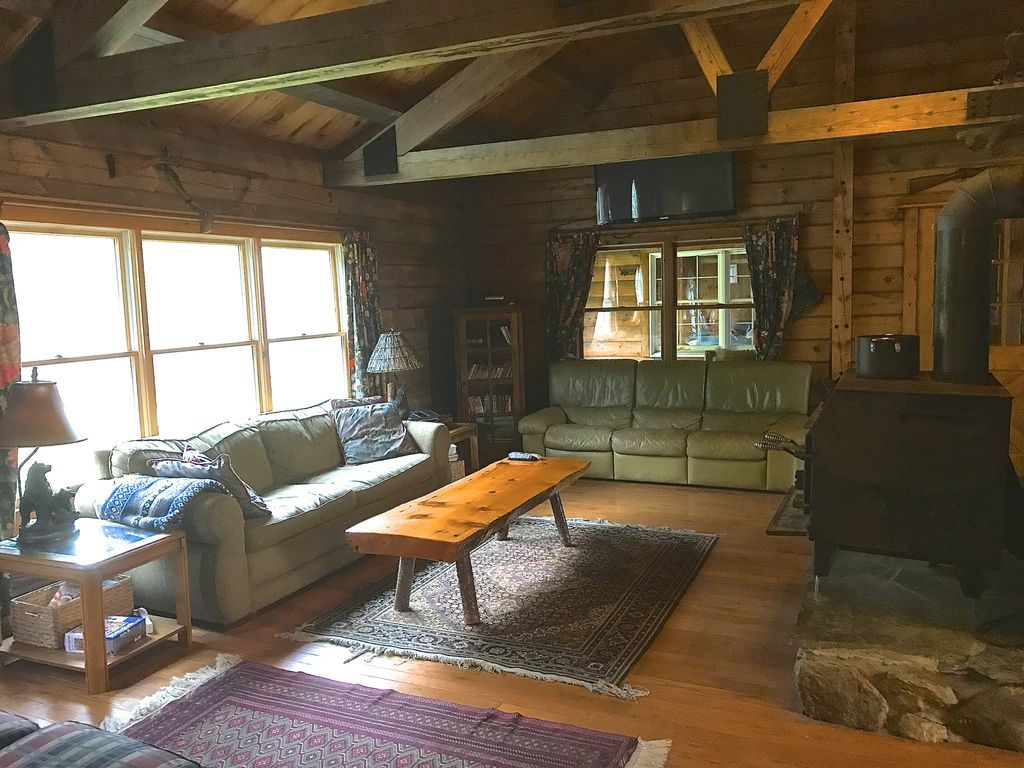 Beautiful Ranch Style Post And Beam Cabin Lisbon House Rental Ranch Style Ideal Home