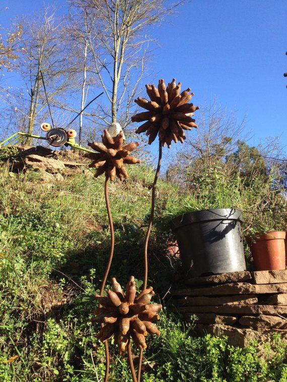 Set Of 3 Rusty Metal Flowers For The Garden, Recycled, Scrap Metal Garden  Art, Gift For The Garden, Outdoor Metal Sculpture