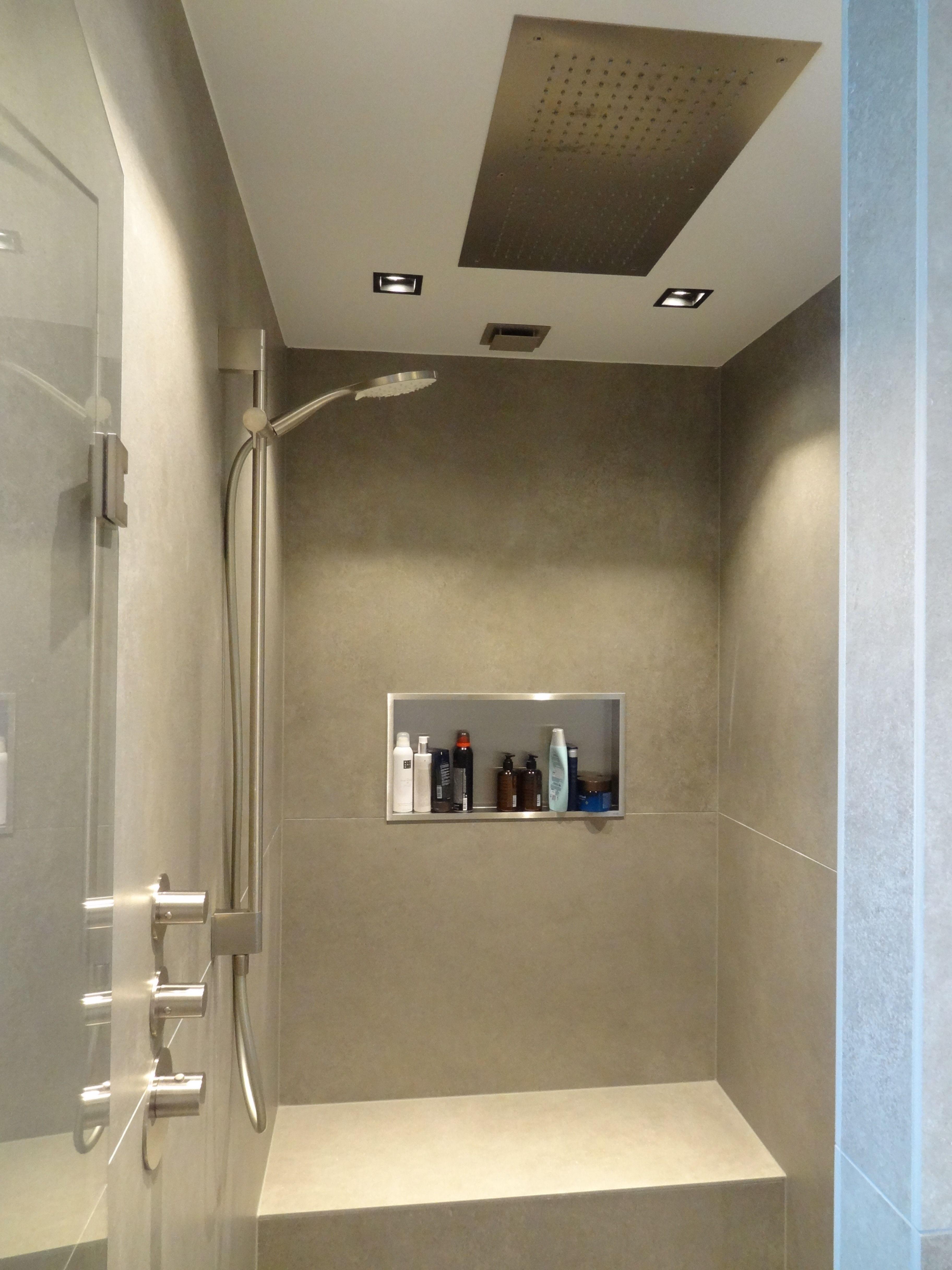 Wonderbaarlijk Ruime douche met regendouche uit het plafond (met afbeeldingen RQ-41
