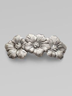 Buccellatti hair clip —A chic way to tie up your hair for summer