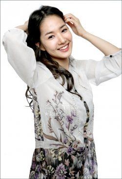 Park Min-Young (March 04, 1986)