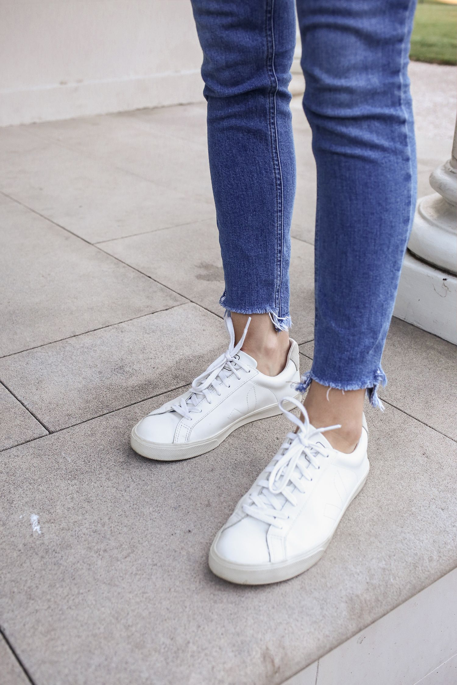 cartucho Calle Huerta  Veja Esplar Sneakers Review | All white sneakers, Sneaker outfits women,  Sneakers
