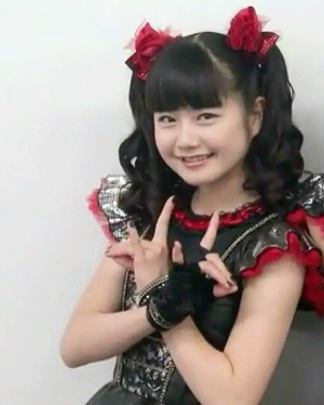 """❤We Are The One Babymetal ❤ on Instagram: """"My Babymetal stuff has still not arrived so i've found some Yui to make things a little better #babymetal #yuimetal #mizunoyui #yuimizuno"""""""
