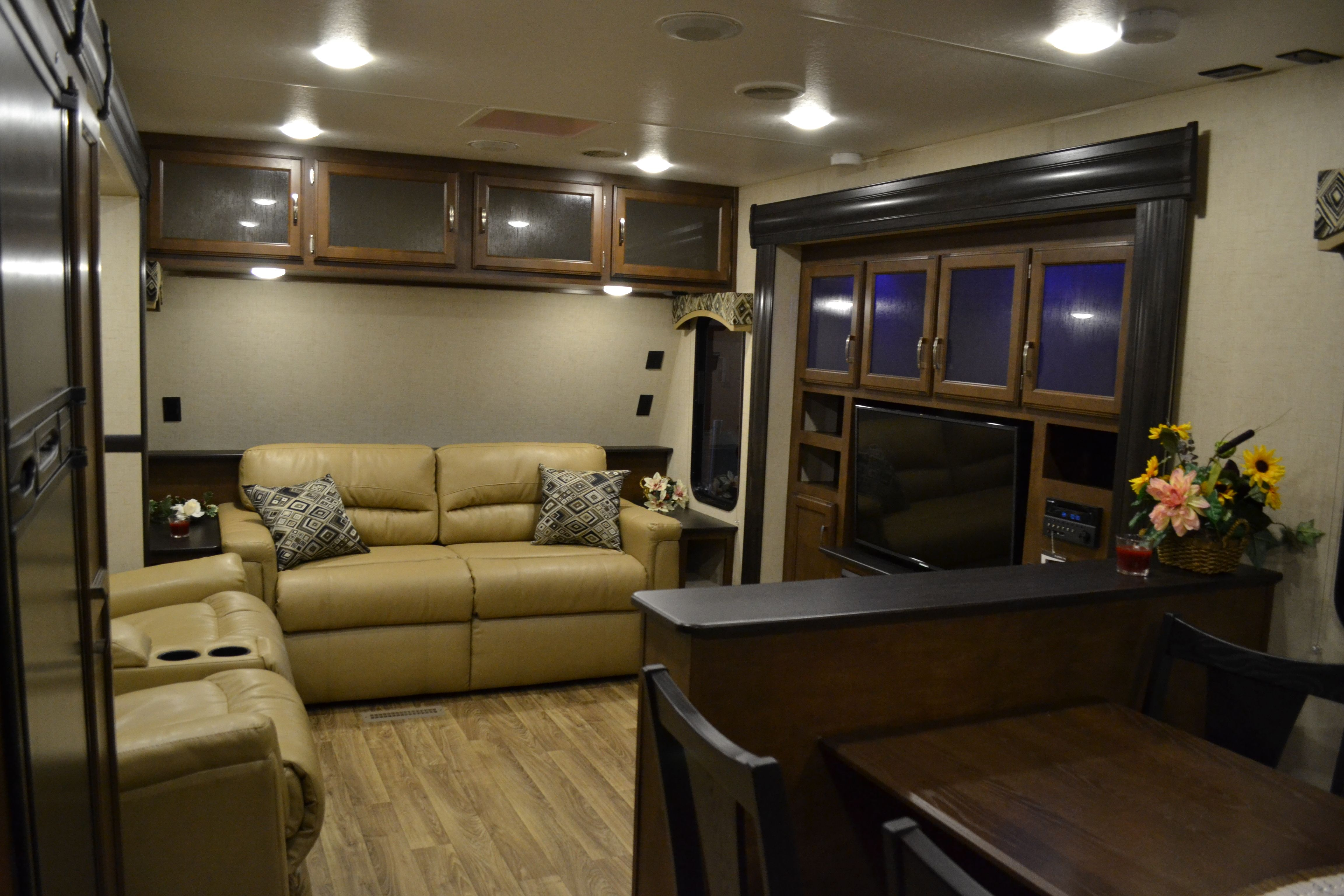 2017 sport trek touring edition 333vfl front living room travel trailer front living room with 3 slides and 2 fireplaces along with a outside kitchen