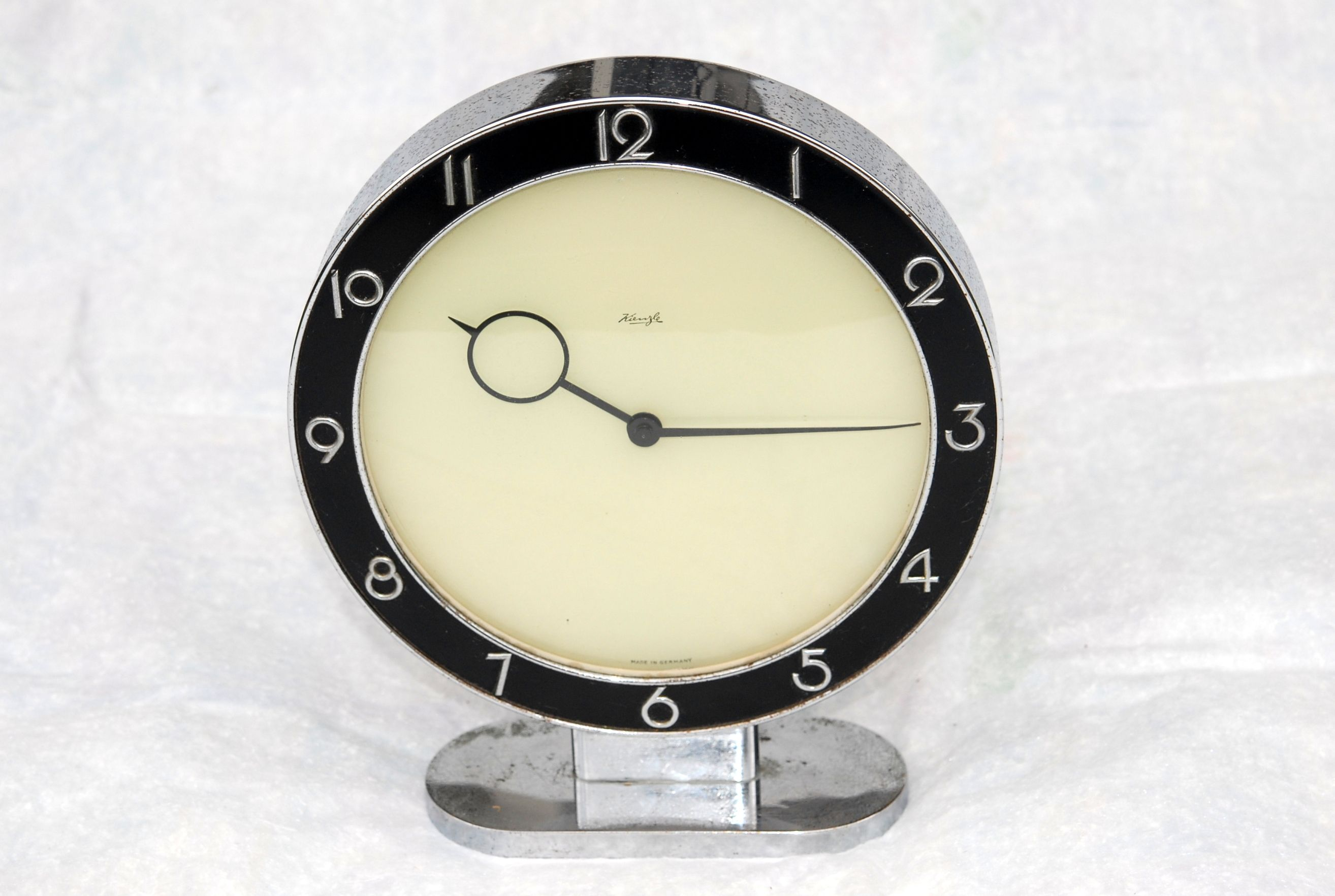 This Art Deco Desk Clock Once Belonged To My Grandfather It Dates