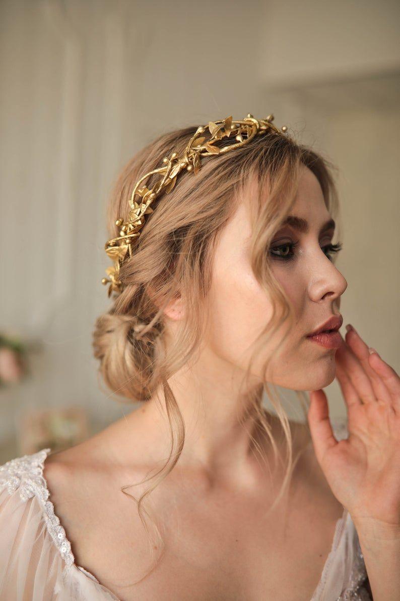 Gold Flower Crown Gold Flower Tiara Gold leaf crown Woodland wedding crown Gold bridal crown Woodland golden hair piece Gold floral crown