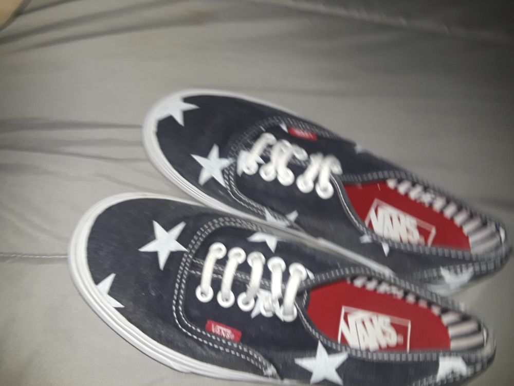 womens 8 star vans blue with white stars #fashion #clothing
