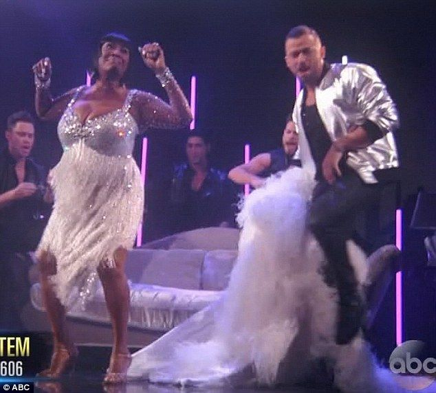 Sexy shots from dancing with the stars