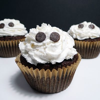 Rockin' Chocolate Ghost Cupcakes