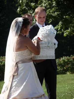 2010 Alda's Maine Weddings and Celebration Flowers