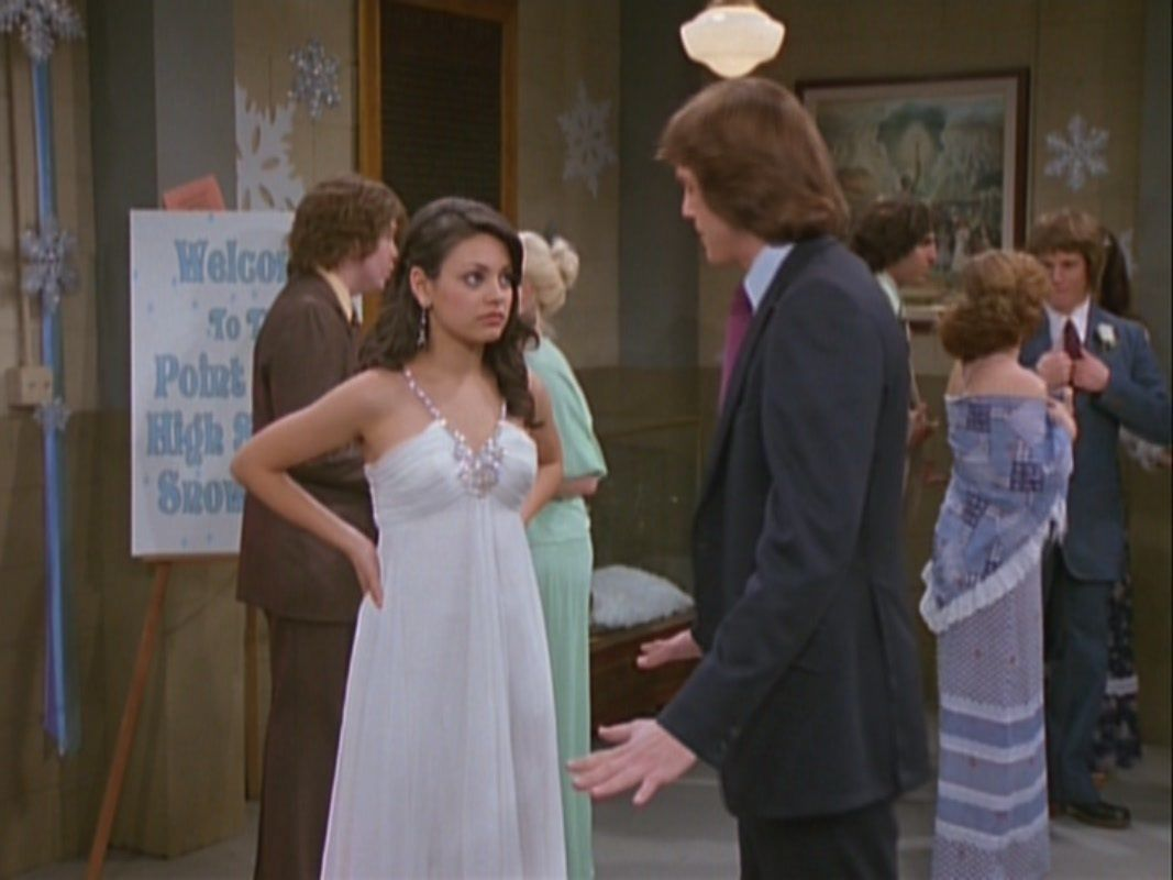 this dress that jackie is wearing in this that 70\'s show episode ...
