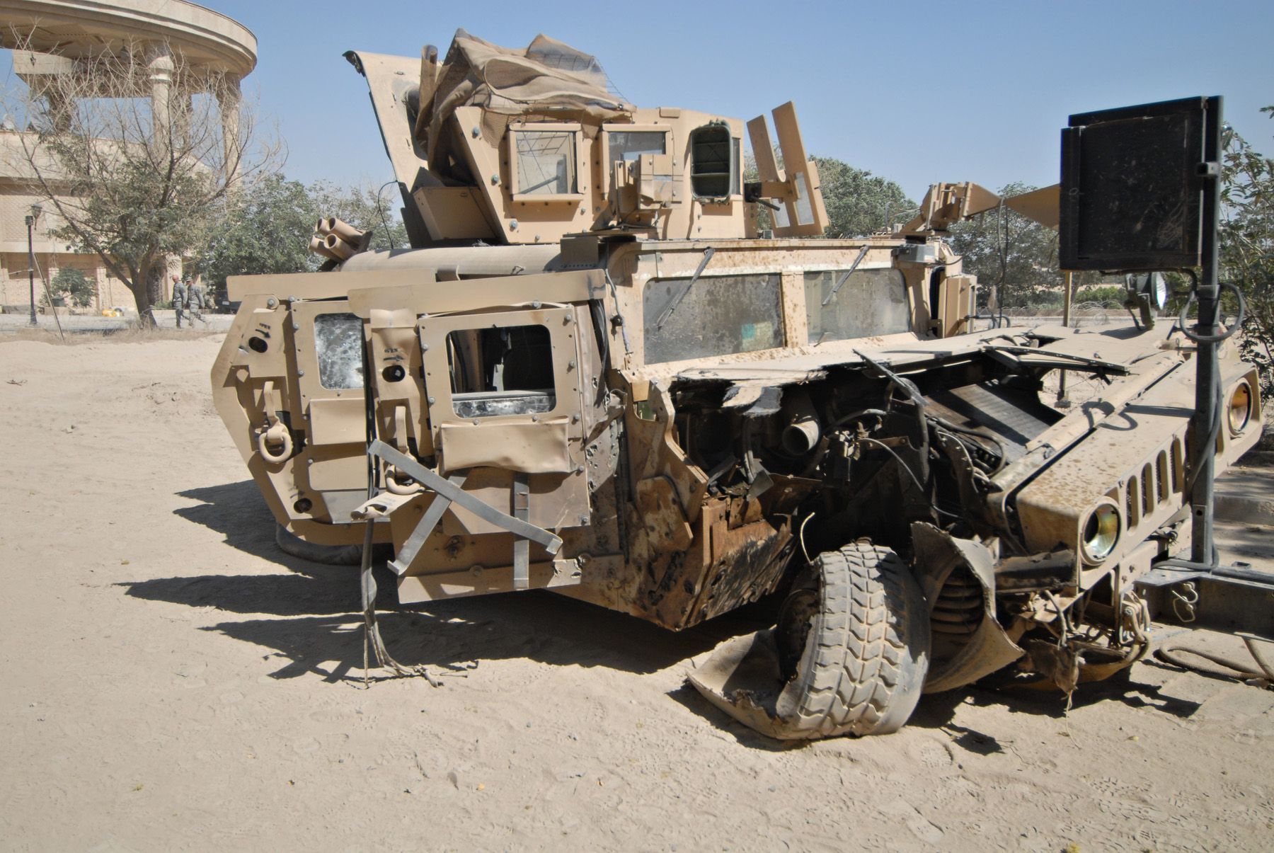 How The Humvee Failed On The Battlefield And Sparked A Culture War Back Home Task Purpose Tanks Military Military Vehicles Bradley Fighting Vehicle