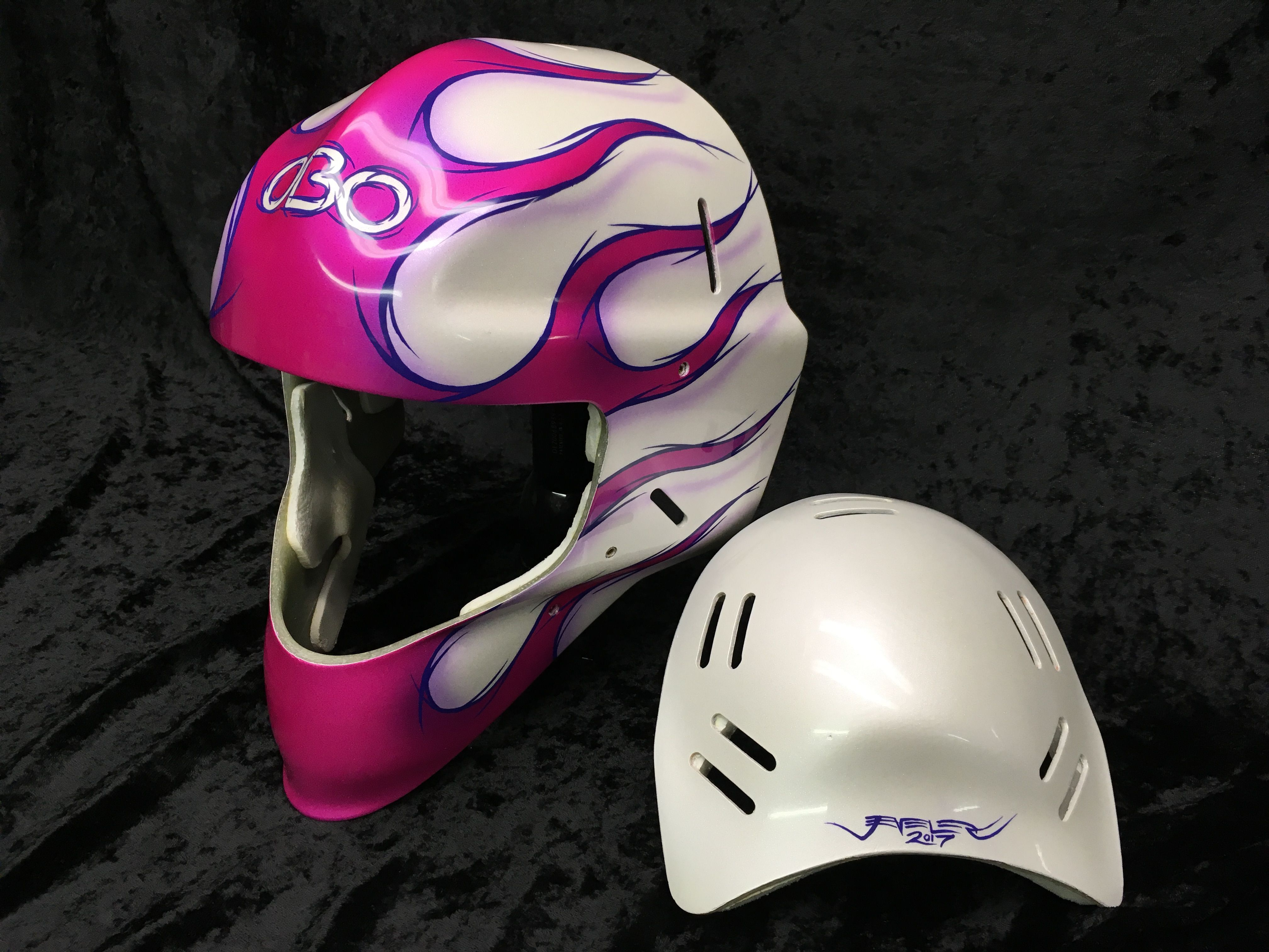 Custom painted goalie helmet helmet helmet paint
