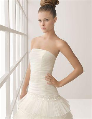Vintage organza ball gown strapless court train wedding dresses MLVB0015