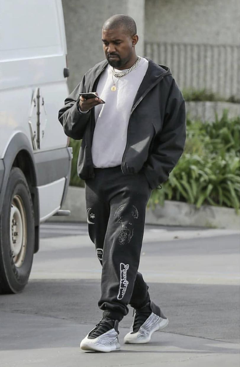 Pin By Wardba On Kanye West Kanye West Outfits Kanye Fashion Kanye West Style