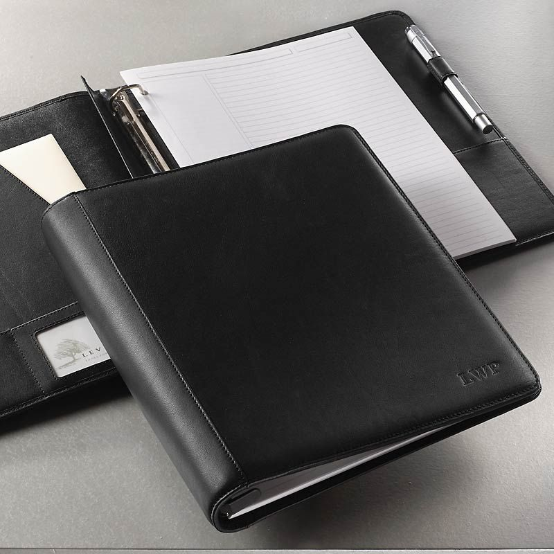 The Simplicity Of The Traditional Three-ring Binder Meets