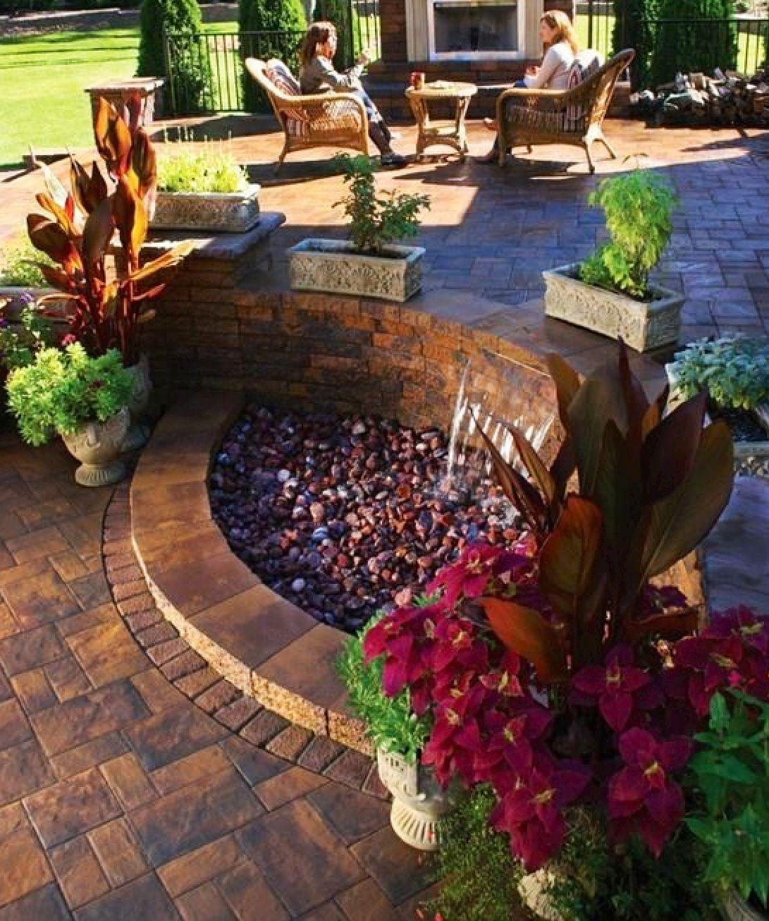 Fuente dise o pinterest terraza jardin jardines y hogar - Fuente terraza ...