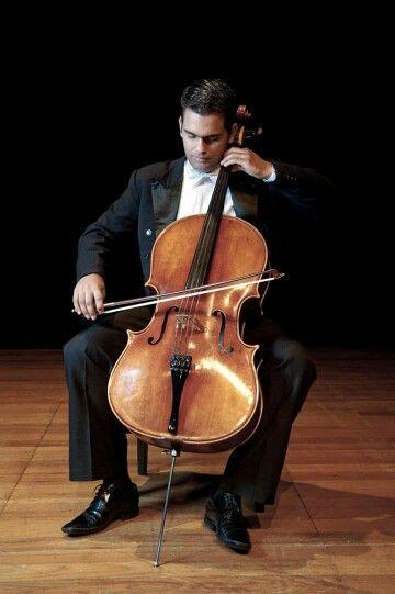 Rafael Cesário, violoncelista. #cello #cellist #violoncelo #RafaelCesário #Cajamar #SãoPaulo