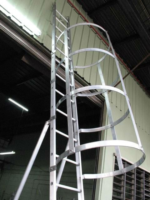 Alum Water Tank Ladder Safety Cage Ladders Water