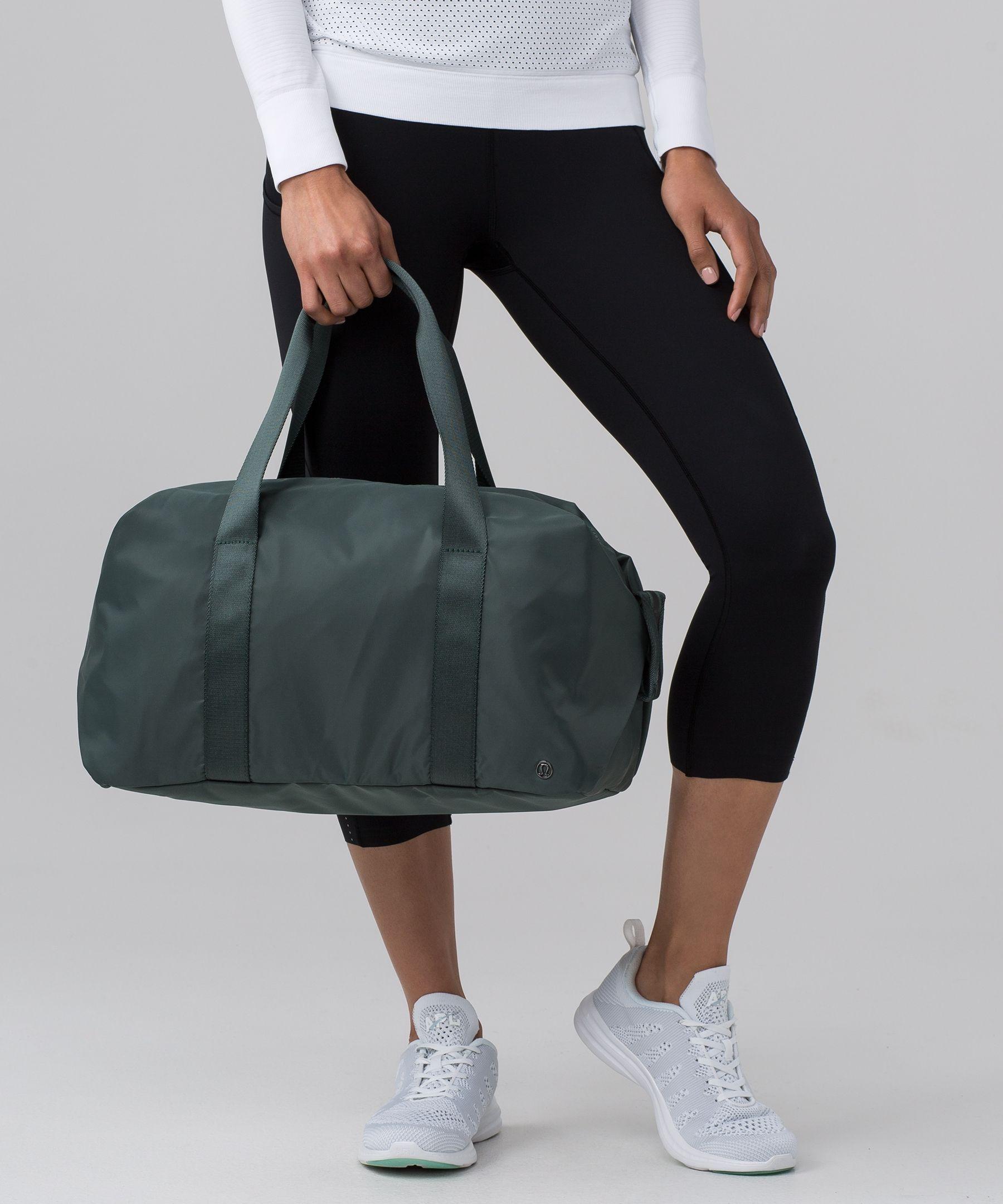 Duffel Bags Cool To Stay Calm Womens Gym Yoga Bag Small Fun Sports Bag for Men