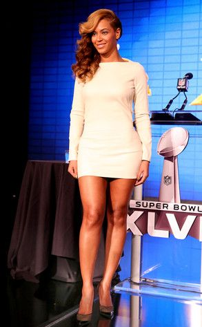 Beyonce Wore A White Hot Mini Dress To The Super Bowl