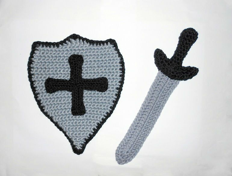 Sword and shield CROCHET PATTERN - Obviously I will have to do this to go with the hat. @Martha Headrick