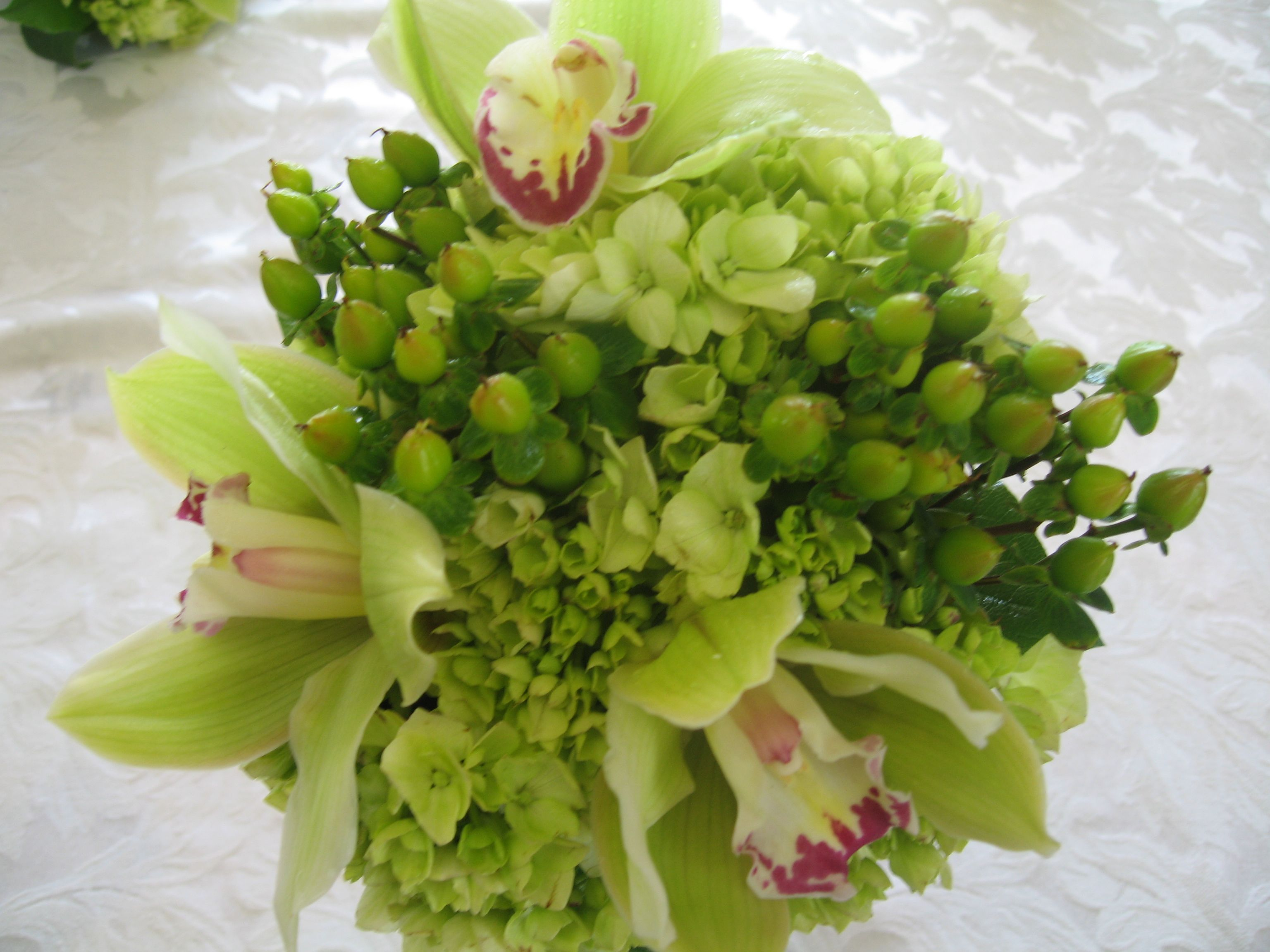 Green And White Wedding Flowers Green Wedding Flower Bouquets