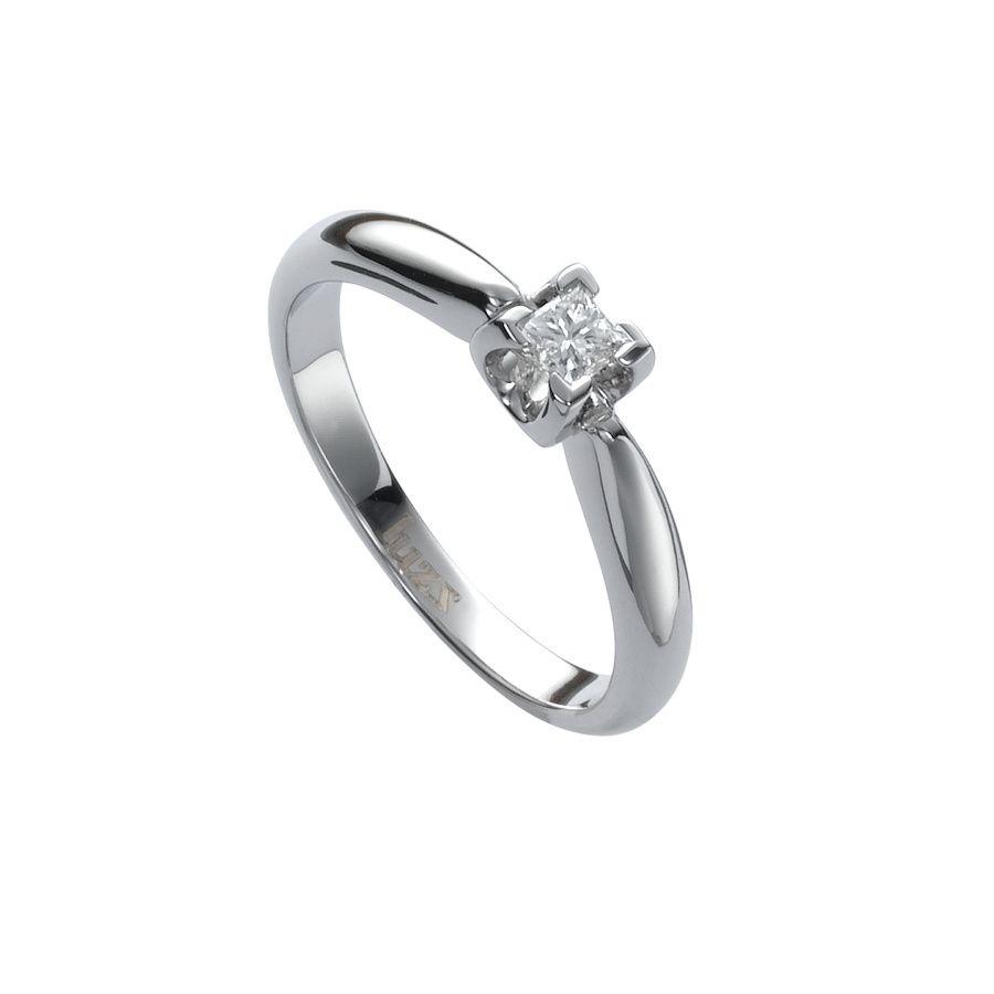 seleccionamos los mejores anillos de compromiso para tu fiesta de pedida de  mano  solitario de oro blanco y diamante de Luzz 7381f4ce8a