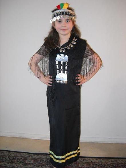 Resultado de imagen para traje mapuche mujer