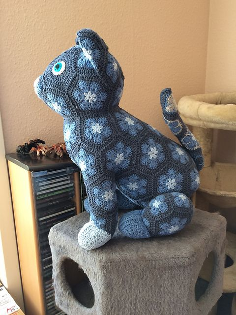 Luna the African Flower Cat pattern by JOs Crocheteria ...