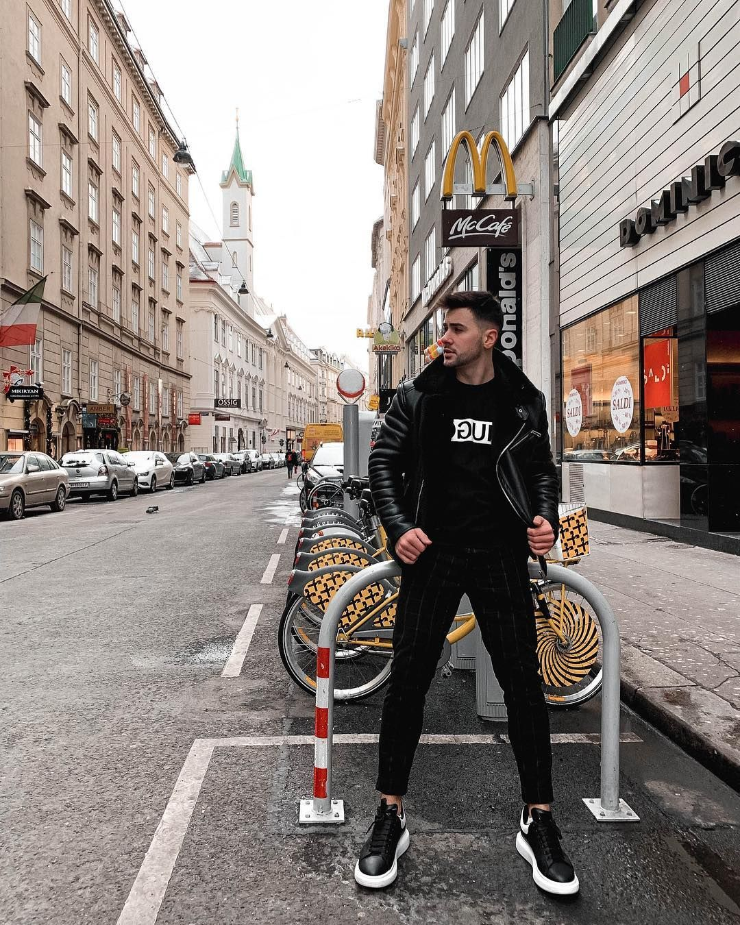 Streets Of Vienna Black Men In 2019 Mens Clothing