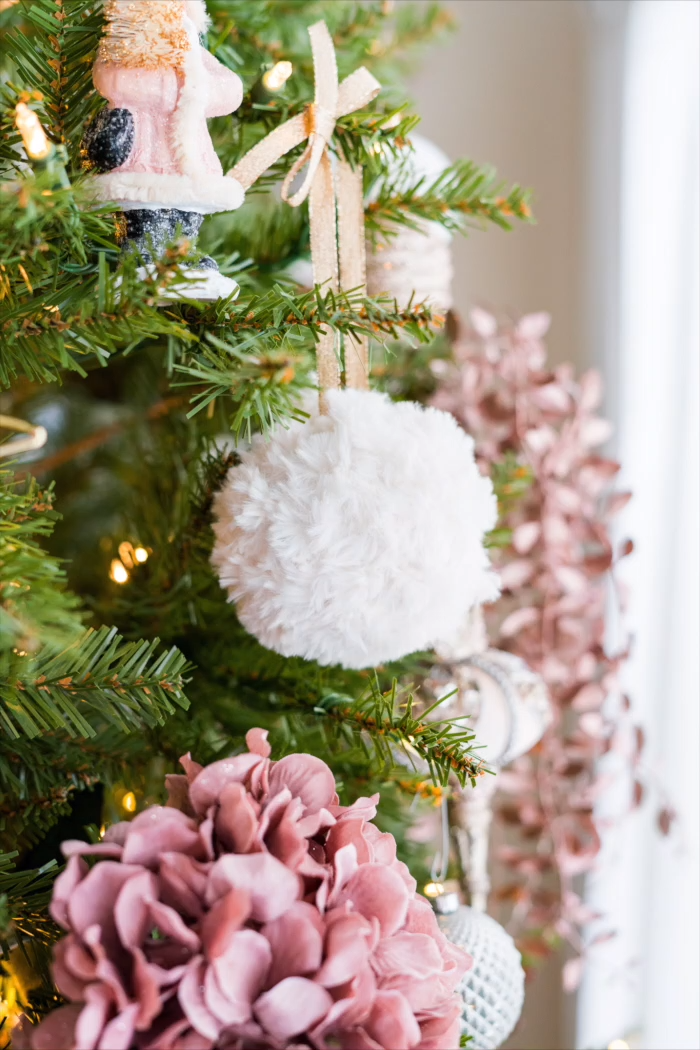Photo of Free Crochet Pattern – Fur Christmas Ornaments