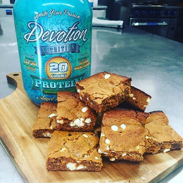 Devotion Peanut Butter Protein Blondies Made With Big Island Honey Peanut Butter And Angel Food Cake Good Protein Snacks Nutrition Recipes Creme Brulee Recipe