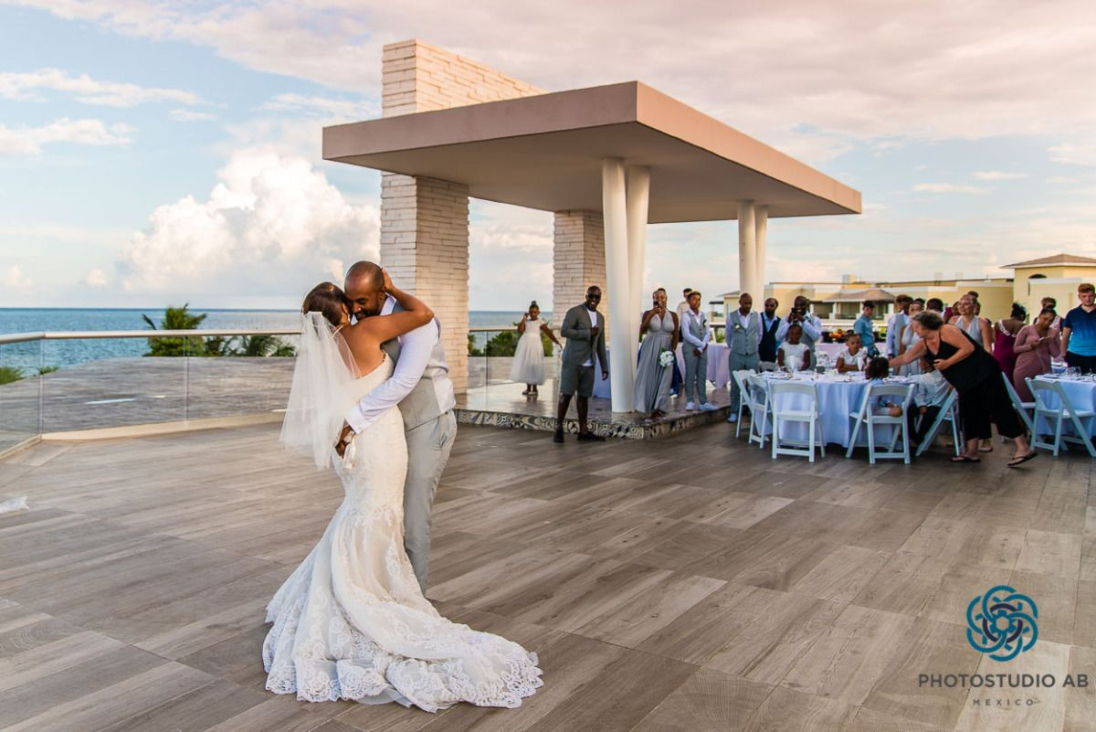 First Dance Rooftop Grand Moon Palace Cancun Wedding Moon Palace Cancun Wedding Cancun Wedding Grand Moon Palace