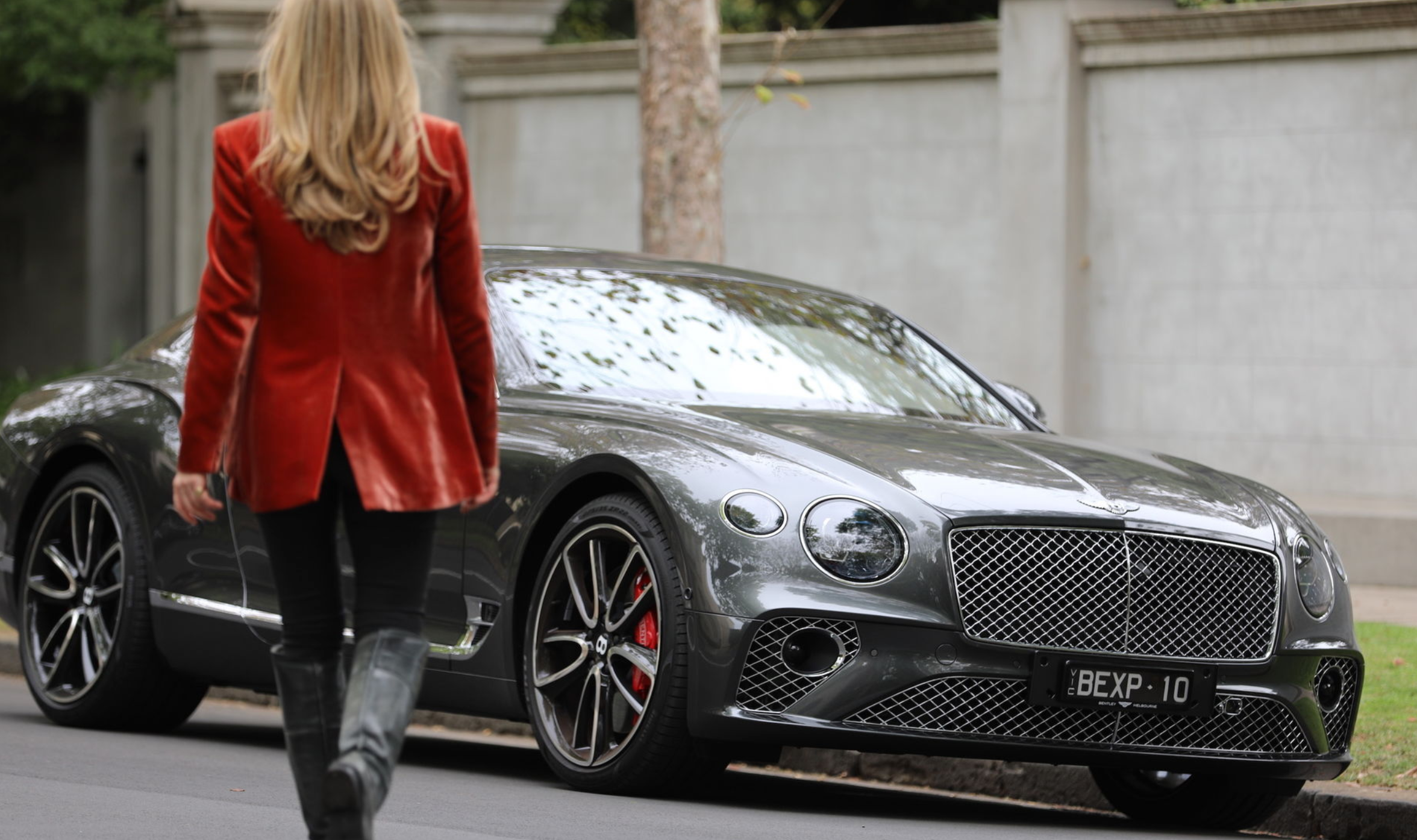 Luxury Cars For Women Women Who Drive Luxury Cars On A Recent Ladies Only Drive Day Womenwhodrive Luxurycars Luxury Cars New Car Photo New Cars