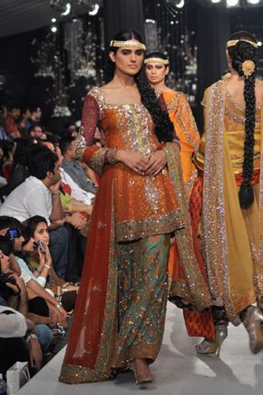 Hsy Hassan Sheheryar Yasin Bridal Collection At Pakistan Bridal Couture Week 2013 Pakistani Outfits Pakistani Dress Design Bridal Dress Design